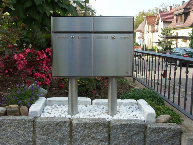Briefkasten in Edelstahl