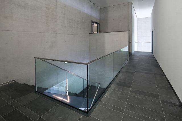 Treppengeländer Edelstahl & Glas